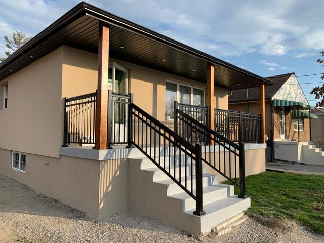 aluminum picket balcony railings